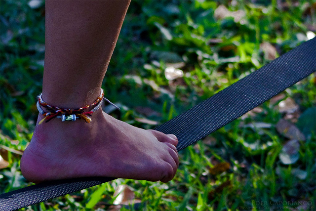 Friendship bracelets, foot, slackline