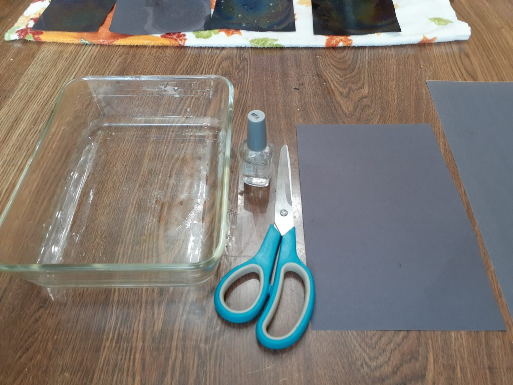 Materials for rainbow paper.
